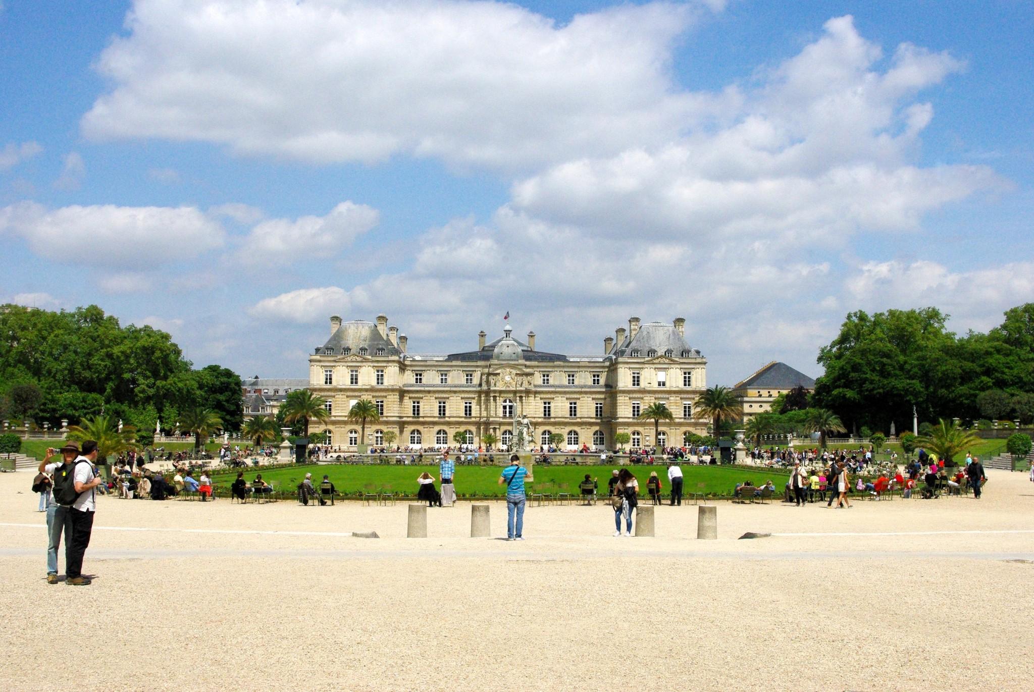 Jardin du luxembourg paris french moments for Jardin paris