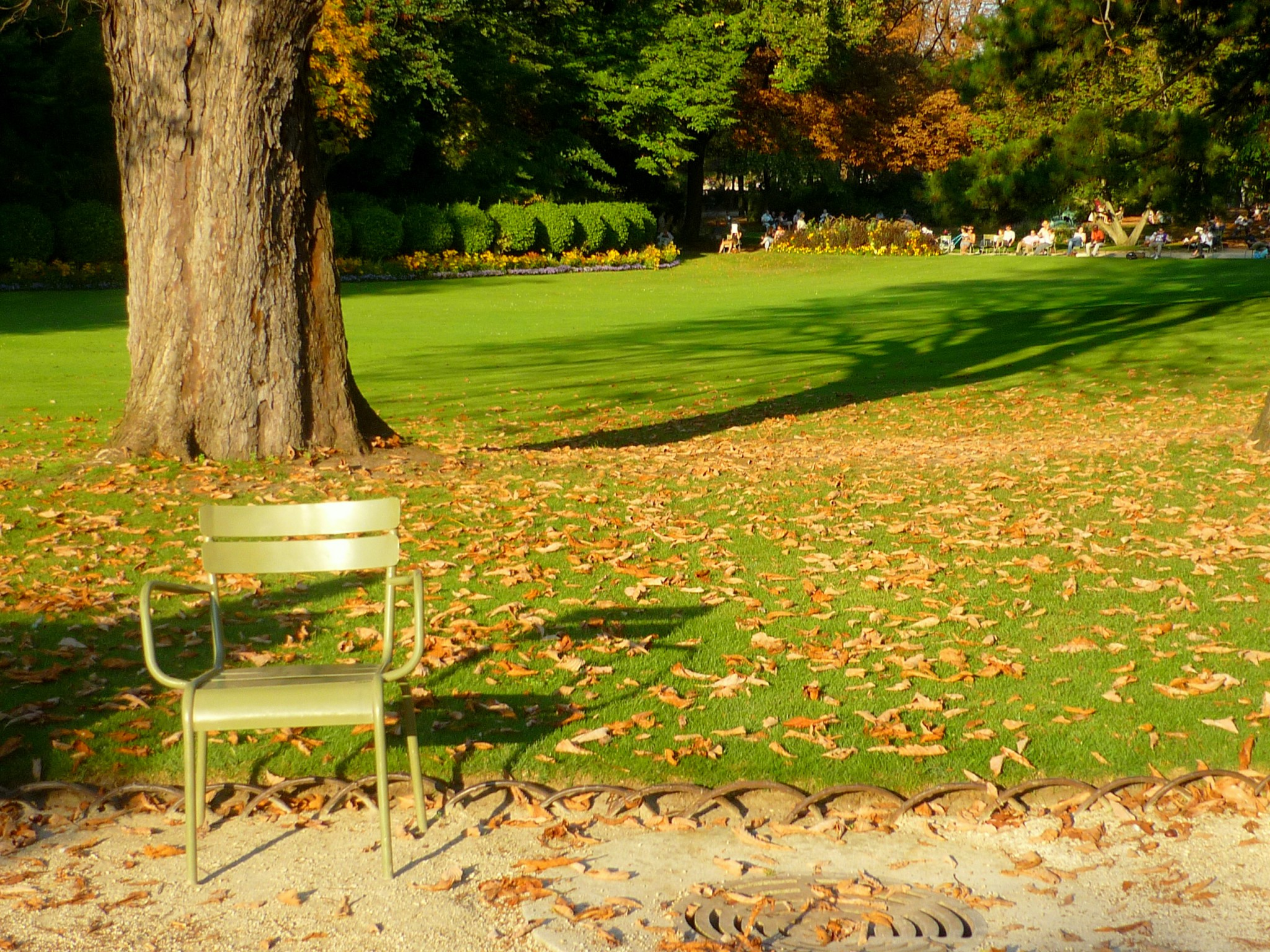 Top 10 most beautiful parks and gardens of paris french - Station metro jardin du luxembourg ...