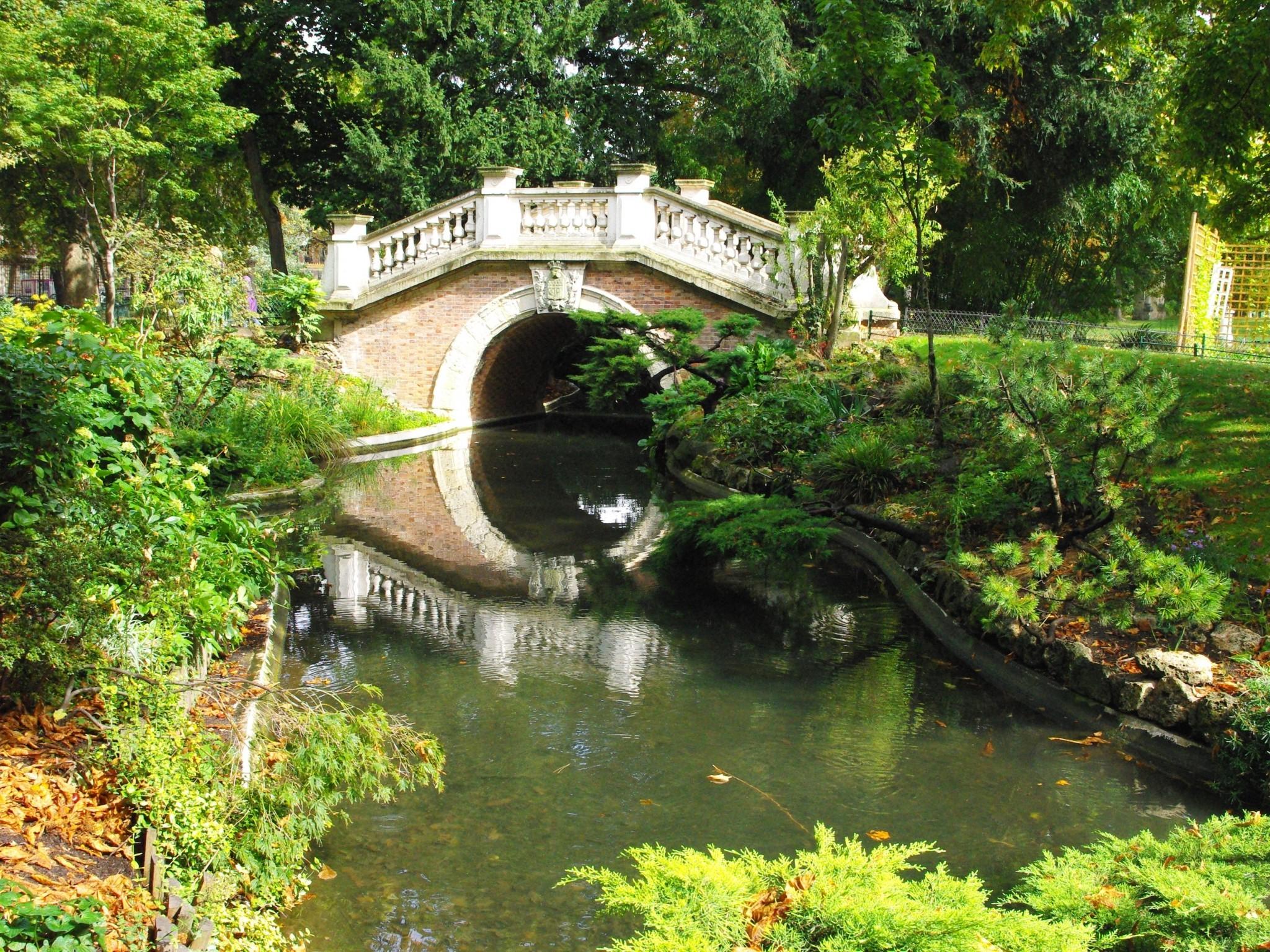 Parc Monceau Paris French Moments