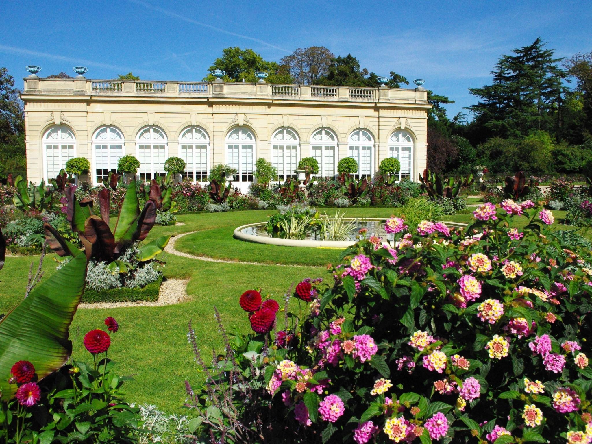 Parc de bagatelle in bois de boulogne paris french moments for Jardin in french