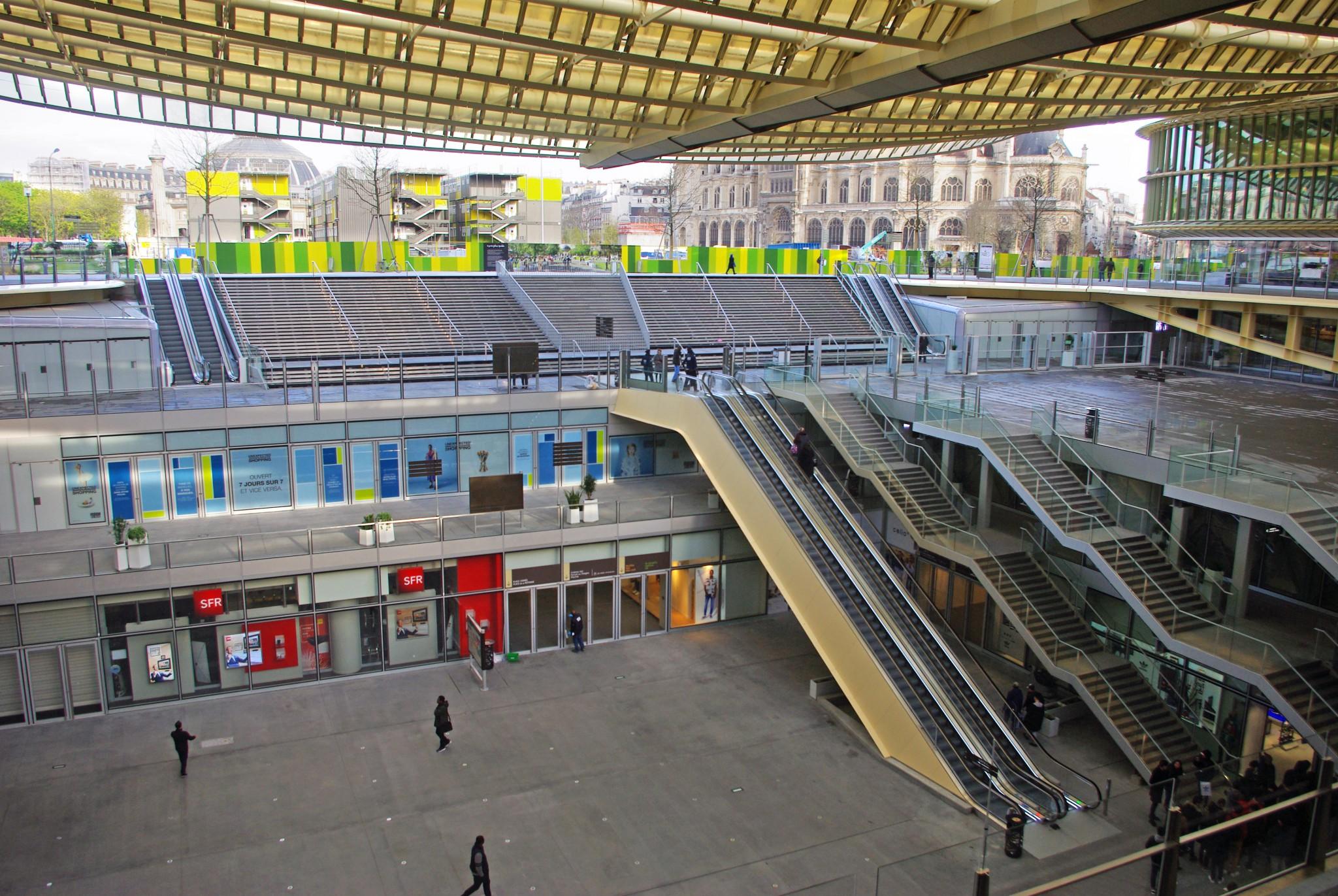 The canopy of les halles french moments - Forum des halles paris ...