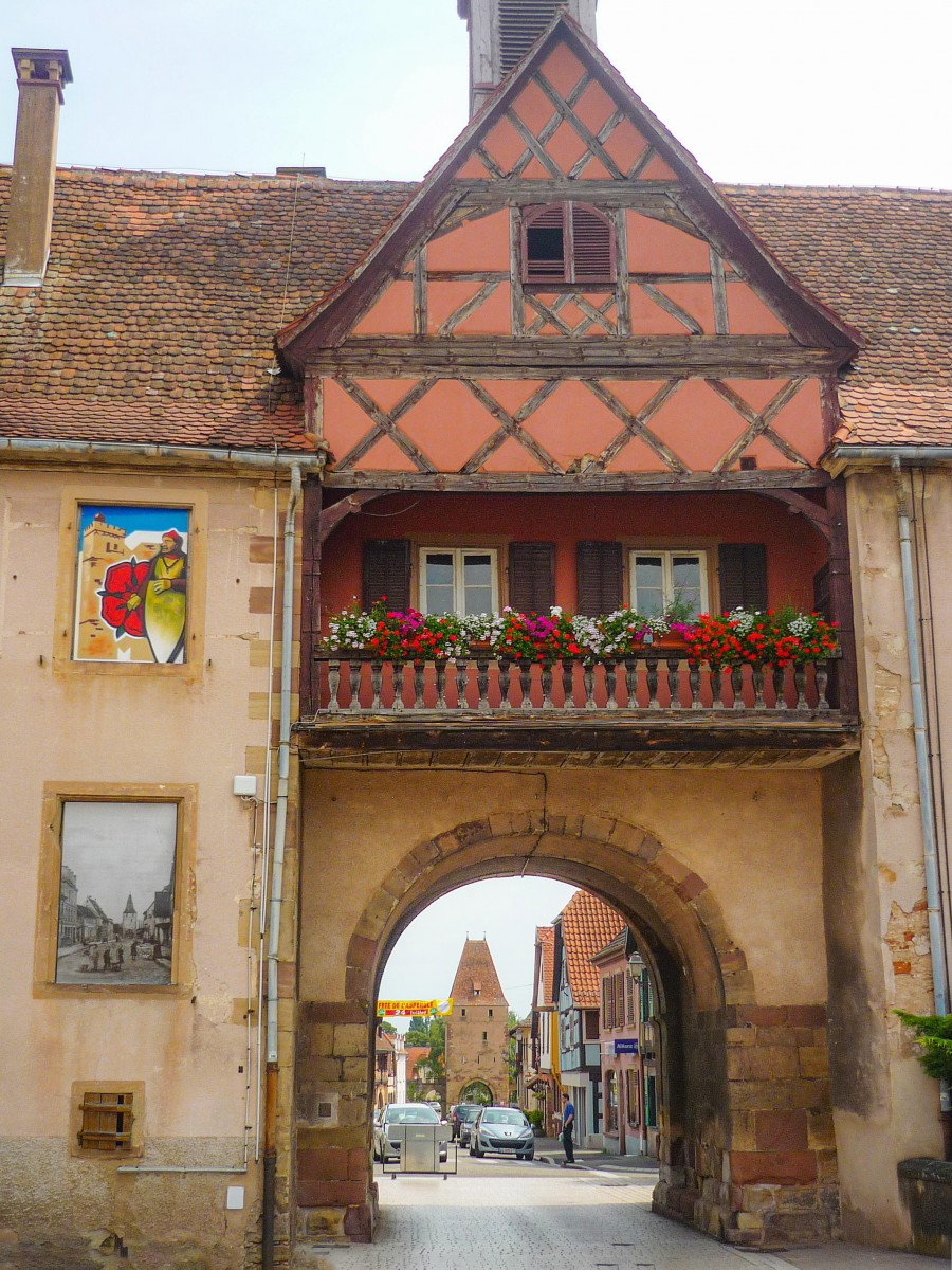 Fortified City Gates of Alsace - Porte de l'Ecole, Rosheim © French Moments