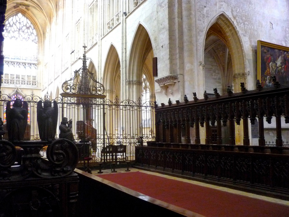 The choir stalls, Vendôme Abbey © French Moments