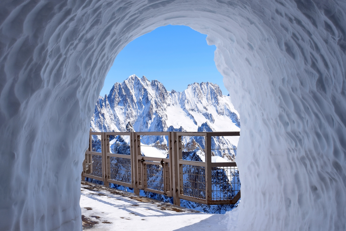 Aiguille du Midi, Chamonix Mont Blanc © French Moments