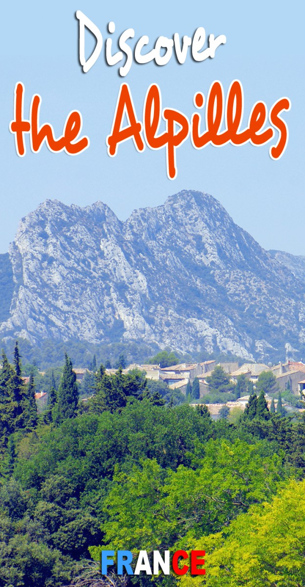 Discover the Alpilles mountain range in Provence © French Moments