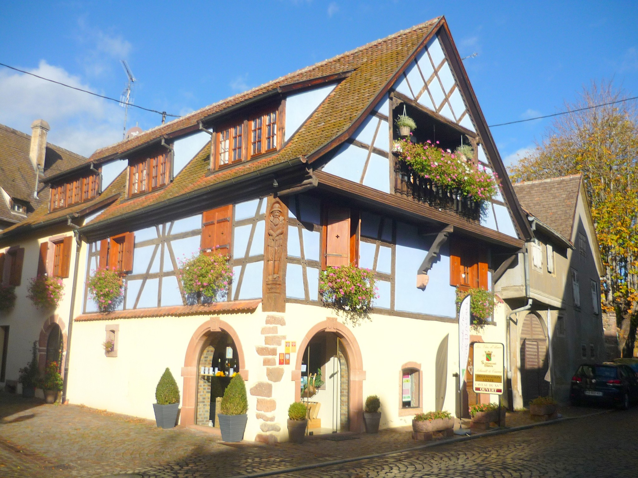 Half-timbered house in Kienthzheim © French Moments