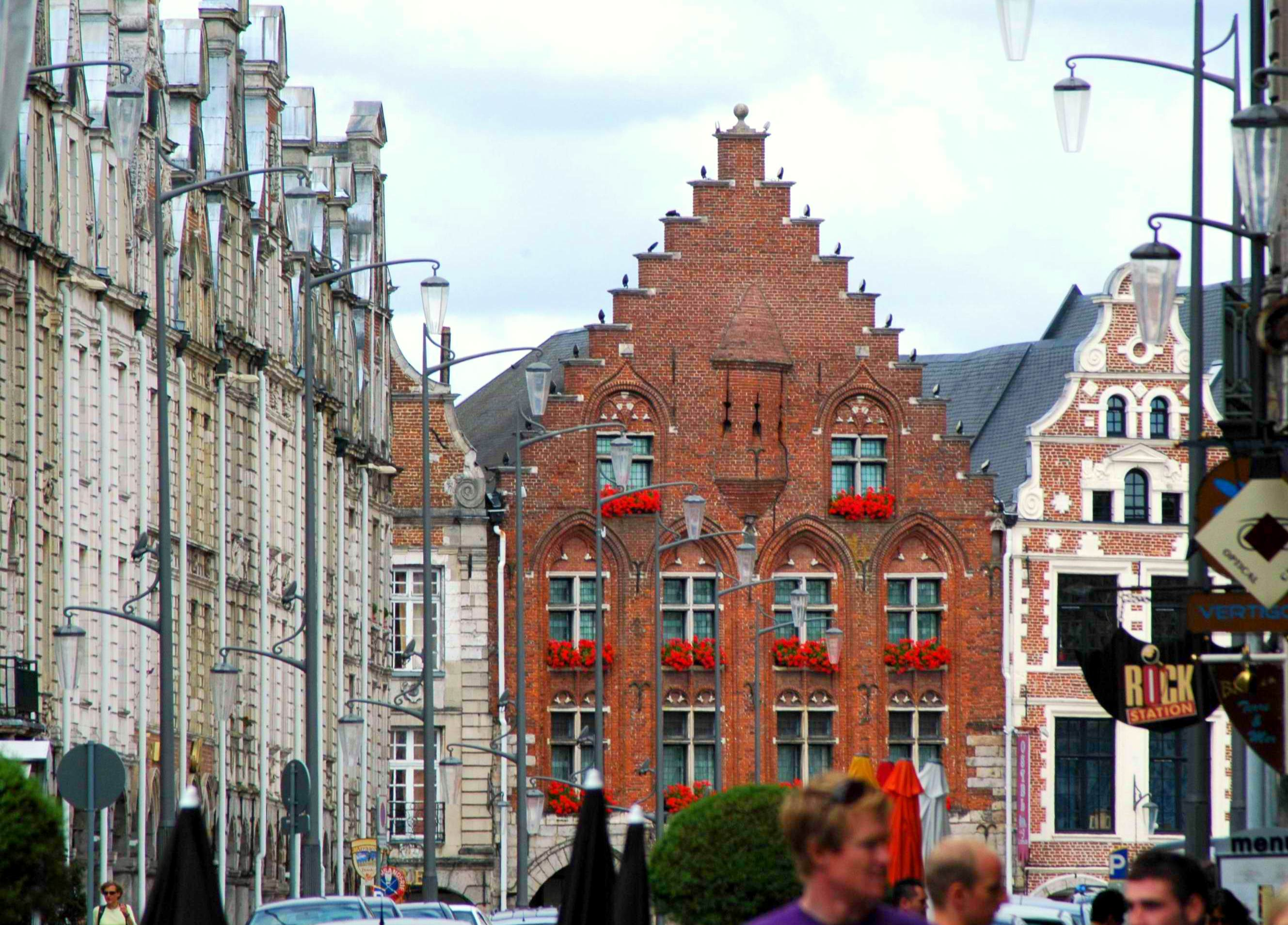 Grand'Place, Arras © isamiga76, licence [CC SA 2.0], from Wikimedia Commons
