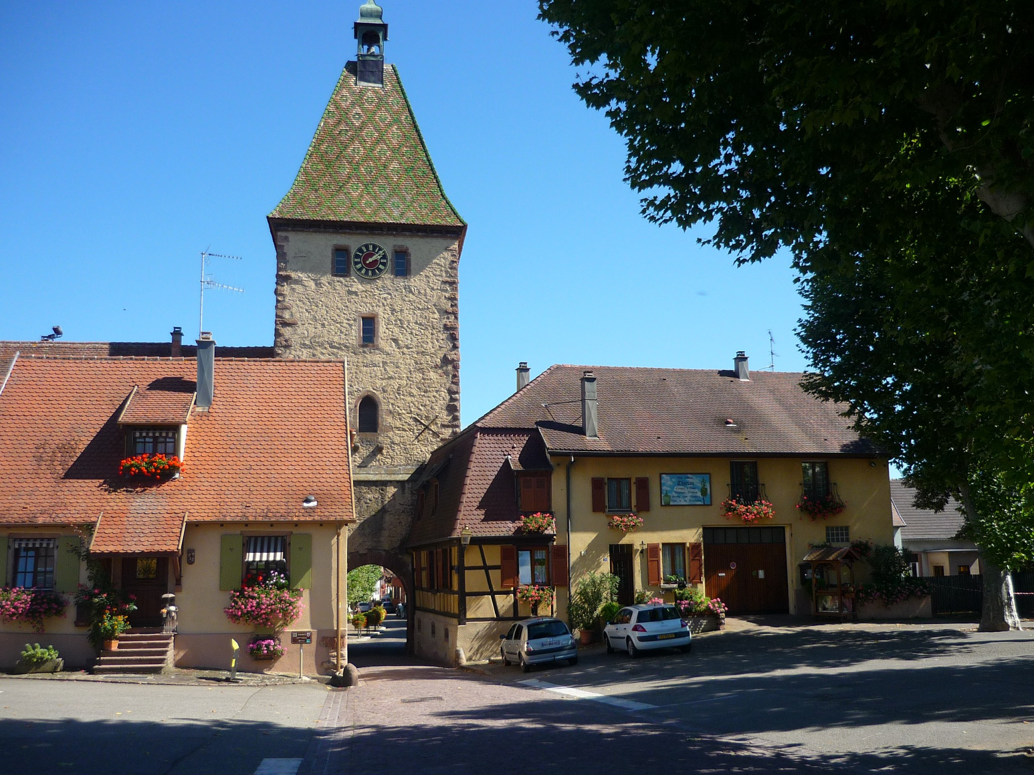 The Obertor (Porte Haute) in Bergheim © French Moments