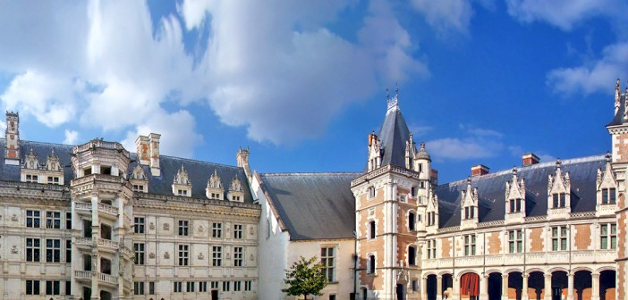 Blois Castle © Tango7174 (CC BY-SA 4.0-3.0-2.5-2.0-1.0) via Wikimedia Commons