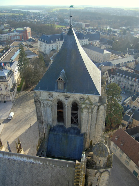 View of the city of Bourges from the North Tower by KoS, Wikipedia Commons (Public Domain)