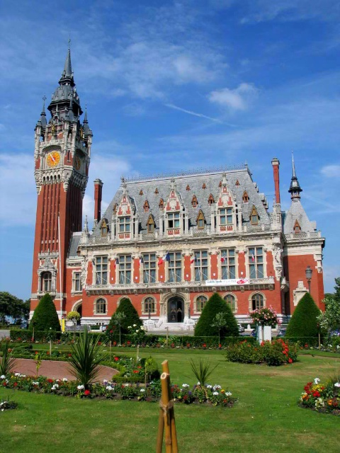 Calais Belfry © Patrick.charpiat, licence [CC-BY-SA-3.0], from Wikimedia Commons