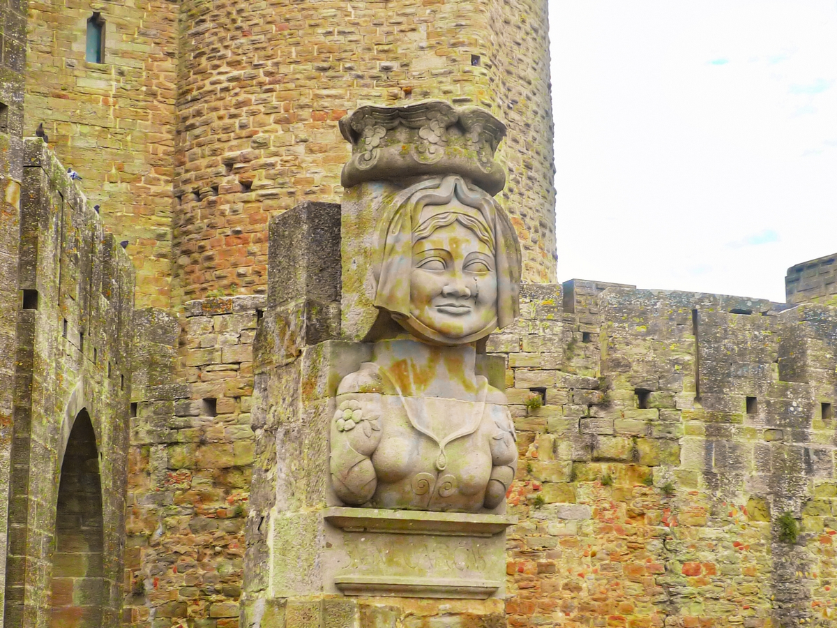 Cité of Carcassonne - Lady Carcas © French Moments