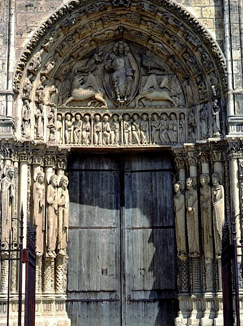 Central Portal of the Royal Portal, Chartres Cathedral © University of Pittsburgh