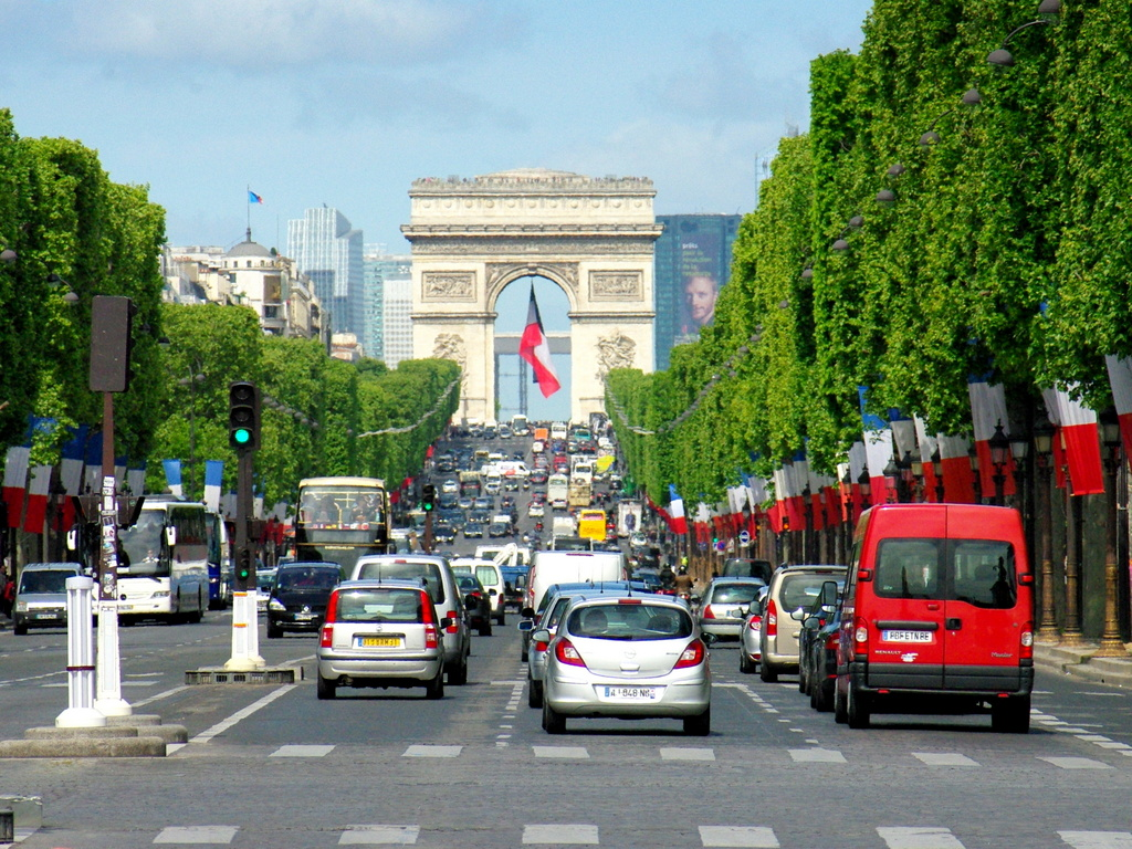 Champs-Elysees 9 May 2015 © French Moments-001