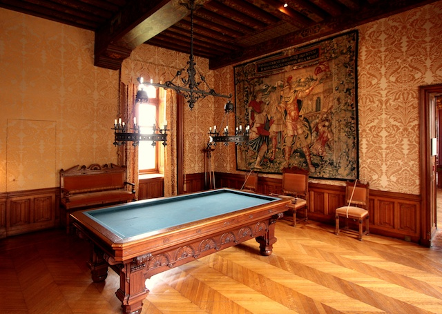The Billiard Room, Chaumont Castle © Manfred Heyde, Creative Commons (CC-BY-SA-3.0)