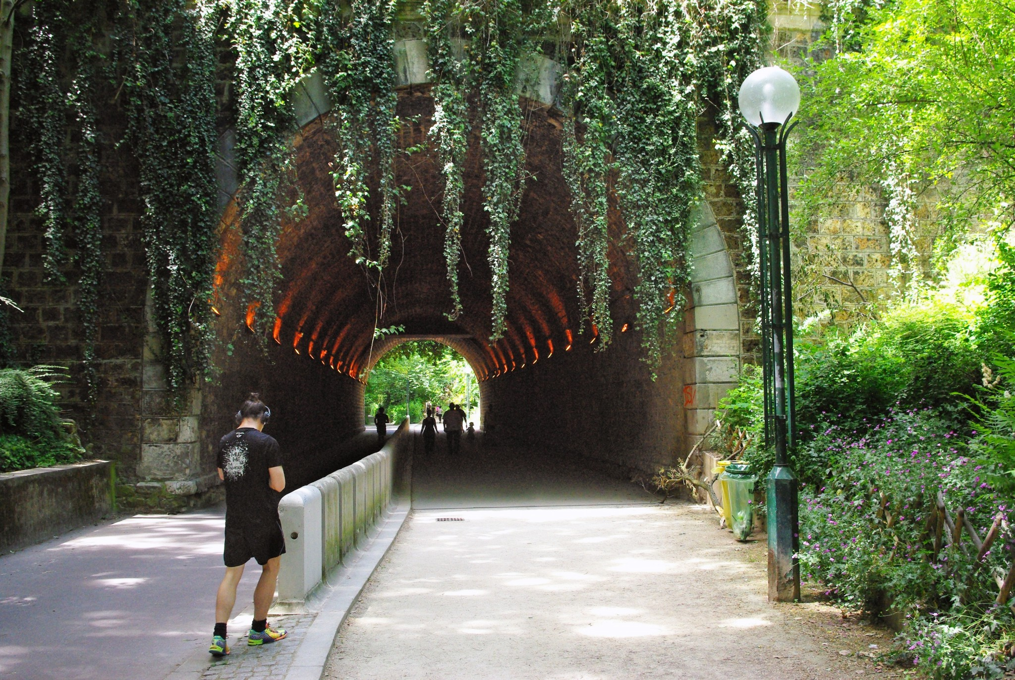 The old railway tunnel on the Coulée Verte René-Dumont © French Moments