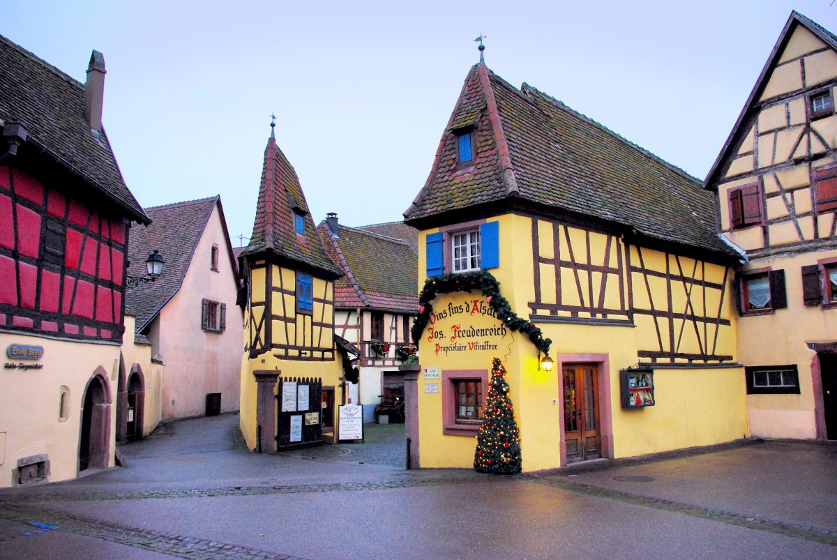 The Unterlinden Court, Eguisheim © French Moments