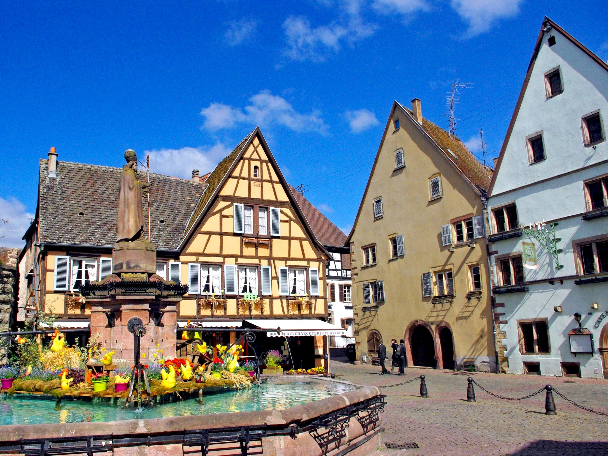 201 Guisheim Alsace French Moments