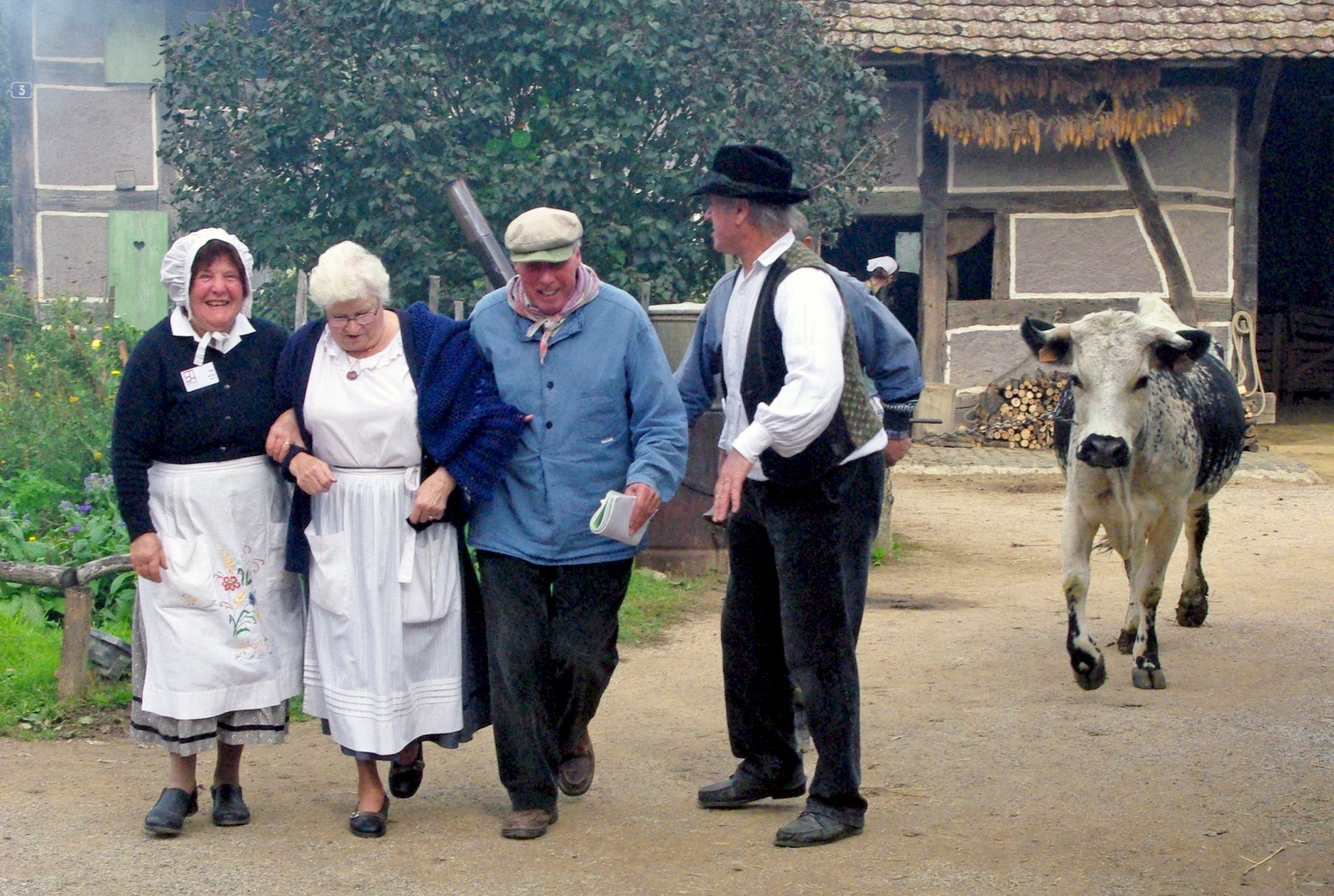 Costumed people at the Ecomusée d'Alsace © French Moments
