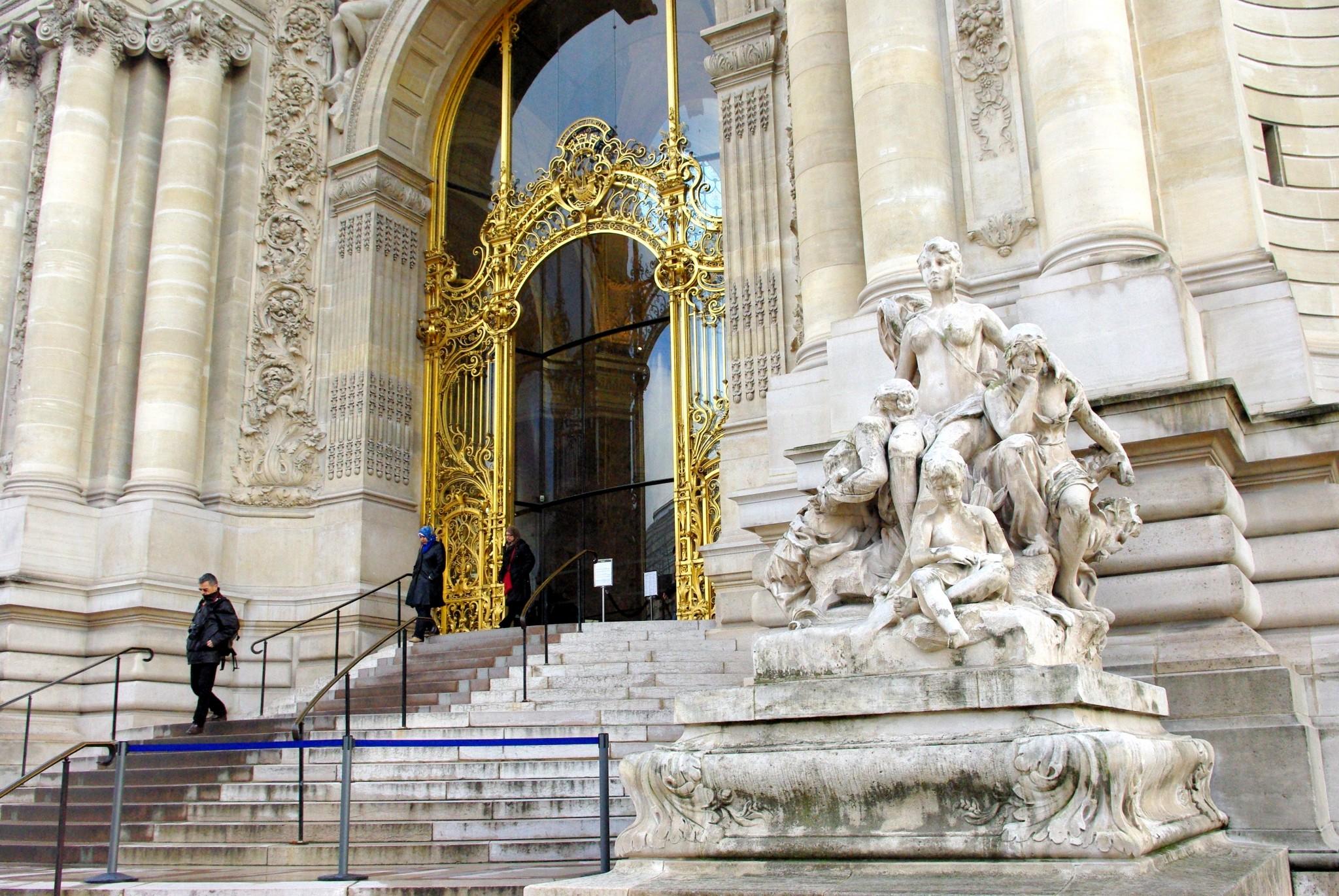 Grand Palais And Petit Palais Paris French Moments