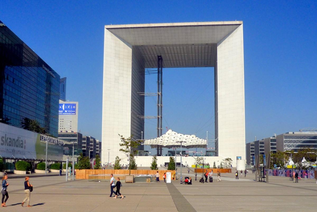 Grande Arche de La Défense © French Moments