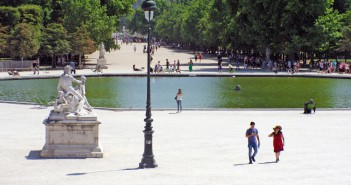 In the Tuileries Garden © French Moments