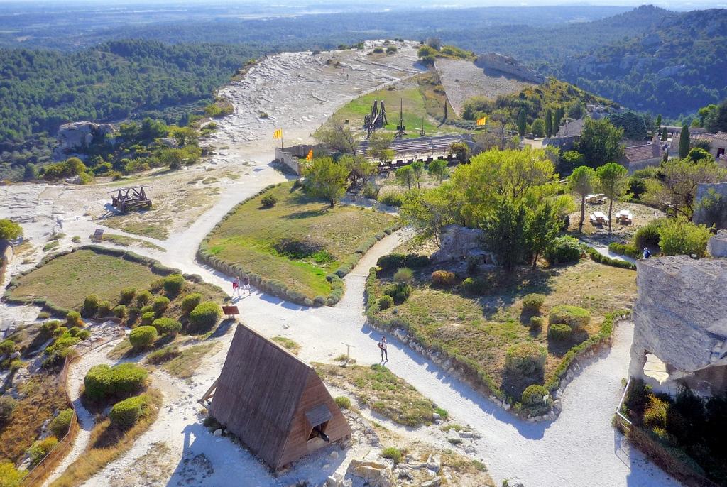 Castles of France: Les Baux-de-Provence © French Moments