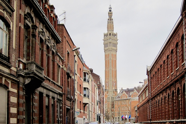 Lille's belfry viewed from Rue Molière © Photo: Velvet, licence [CC SA 3