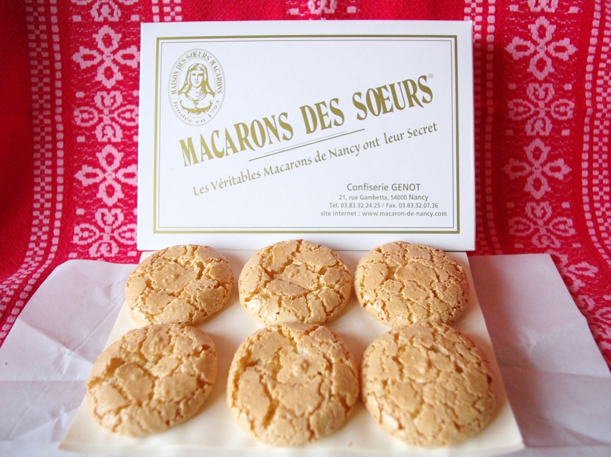 Macarons of Nancy from the 'Sœurs Macarons' © French Moments