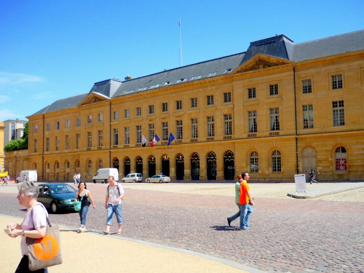 Place d'Armes, Metz © French Moments