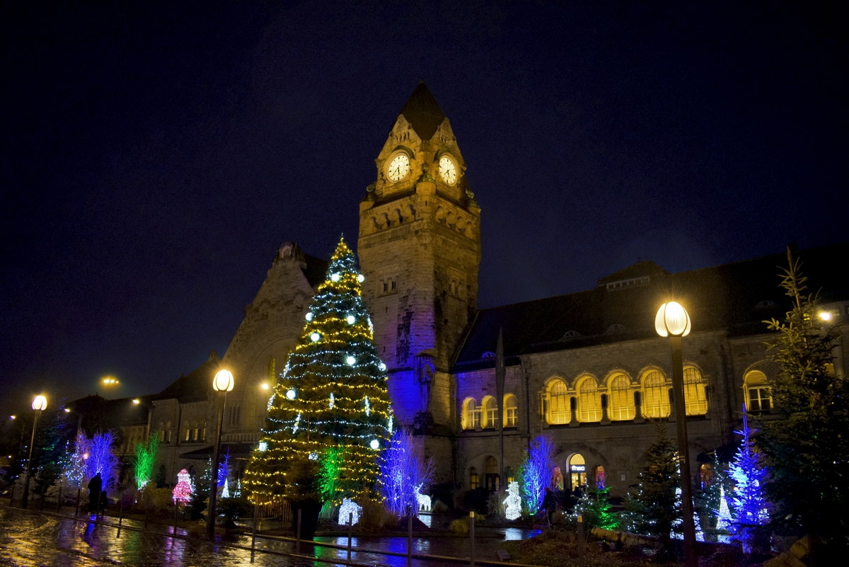 The railway station of Metz © French Moments