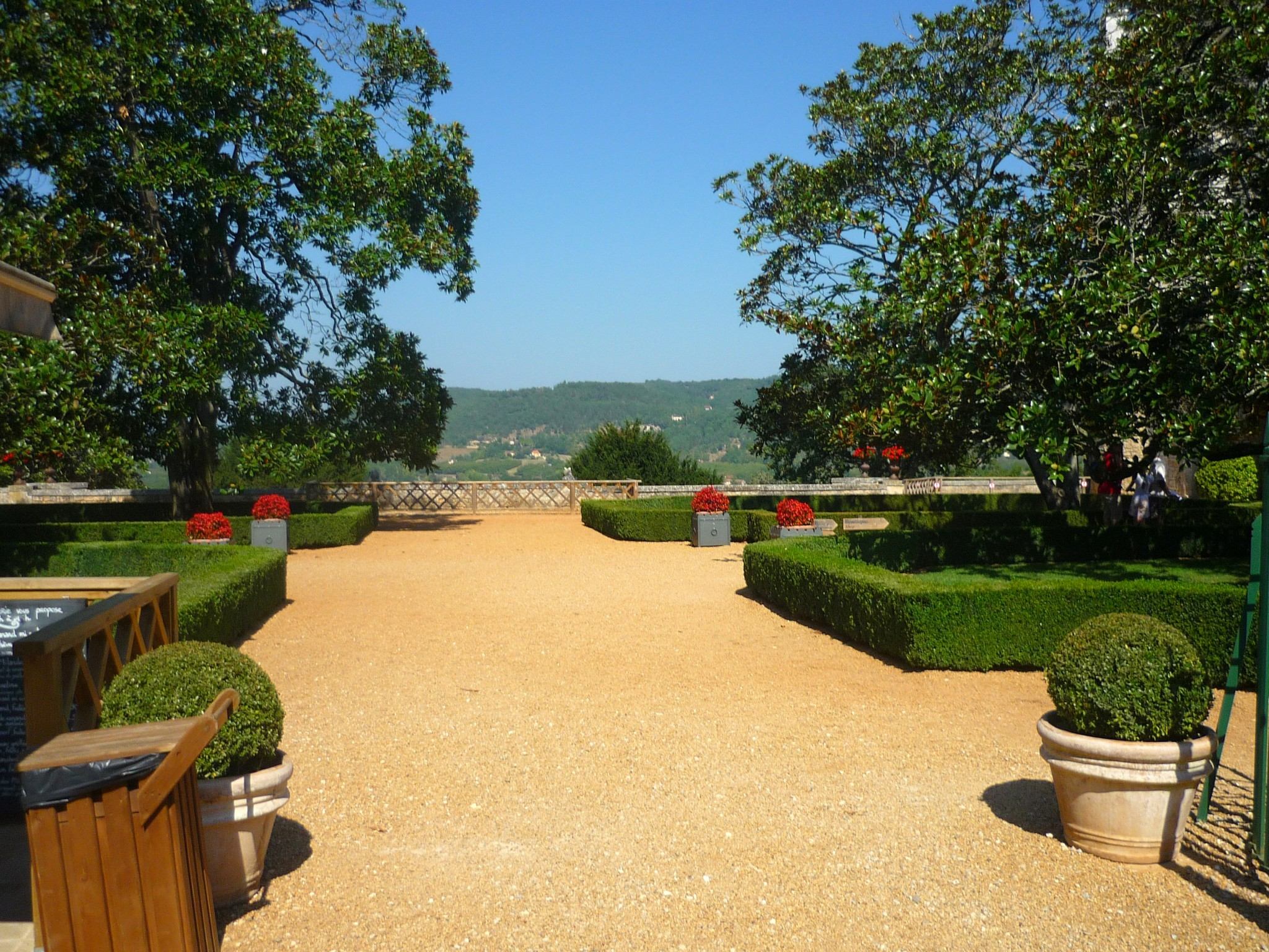 The gardens of Les Milandes © French Moments