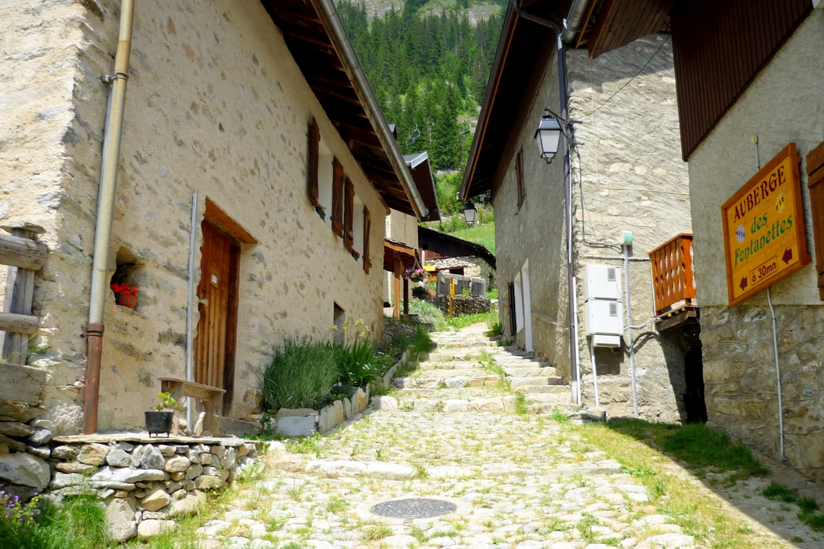 Pralognan-la-Vanoise, hamlet of Les Bieux © French Moments