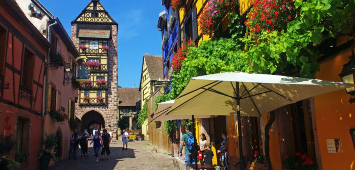 romantic destinations in France: Riquewihr Alsace © French Moments