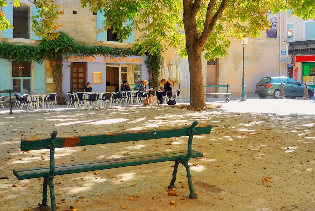 Place Favier, Saint-Rémy-de-Provence © French Moments