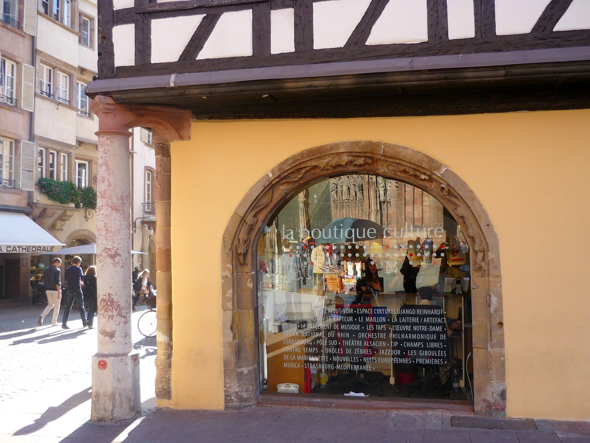 The Büchmesser, Strasbourg Old Town © French Moments