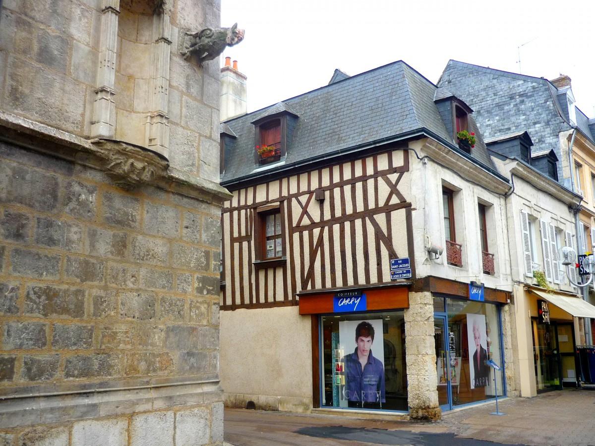Rue du change, Vendôme © French Moments