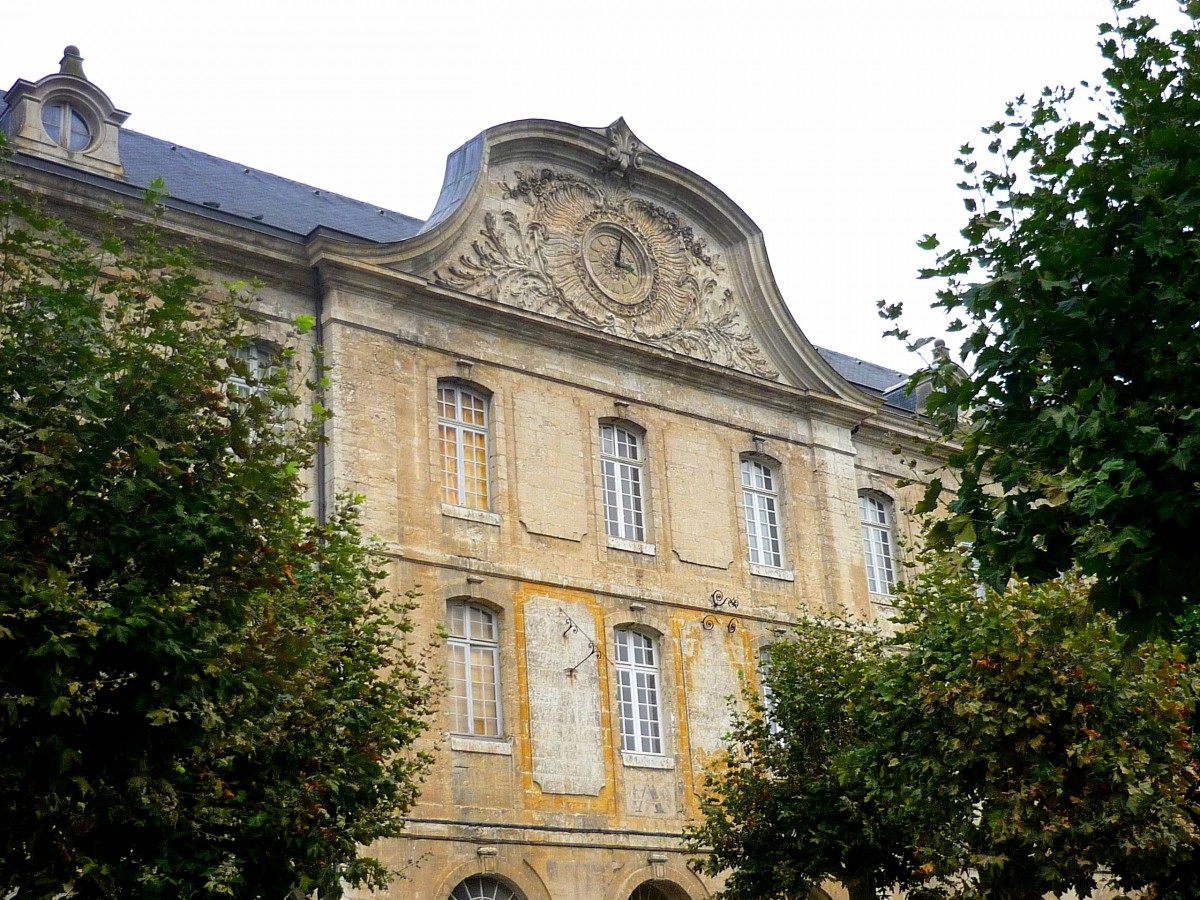 The South Wing of the Abbey, Vendôme Abbey © French Moments