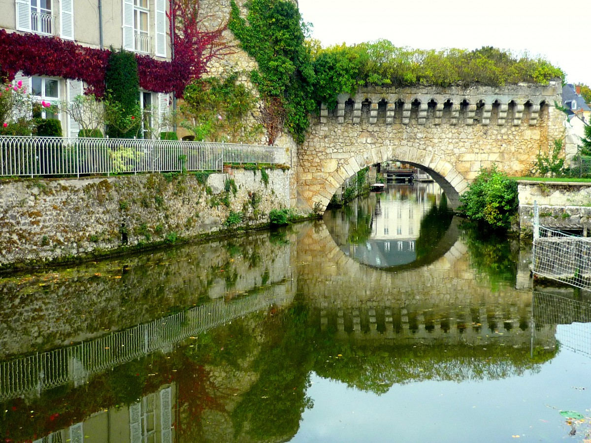 The water gate, Vendôme © French Moments