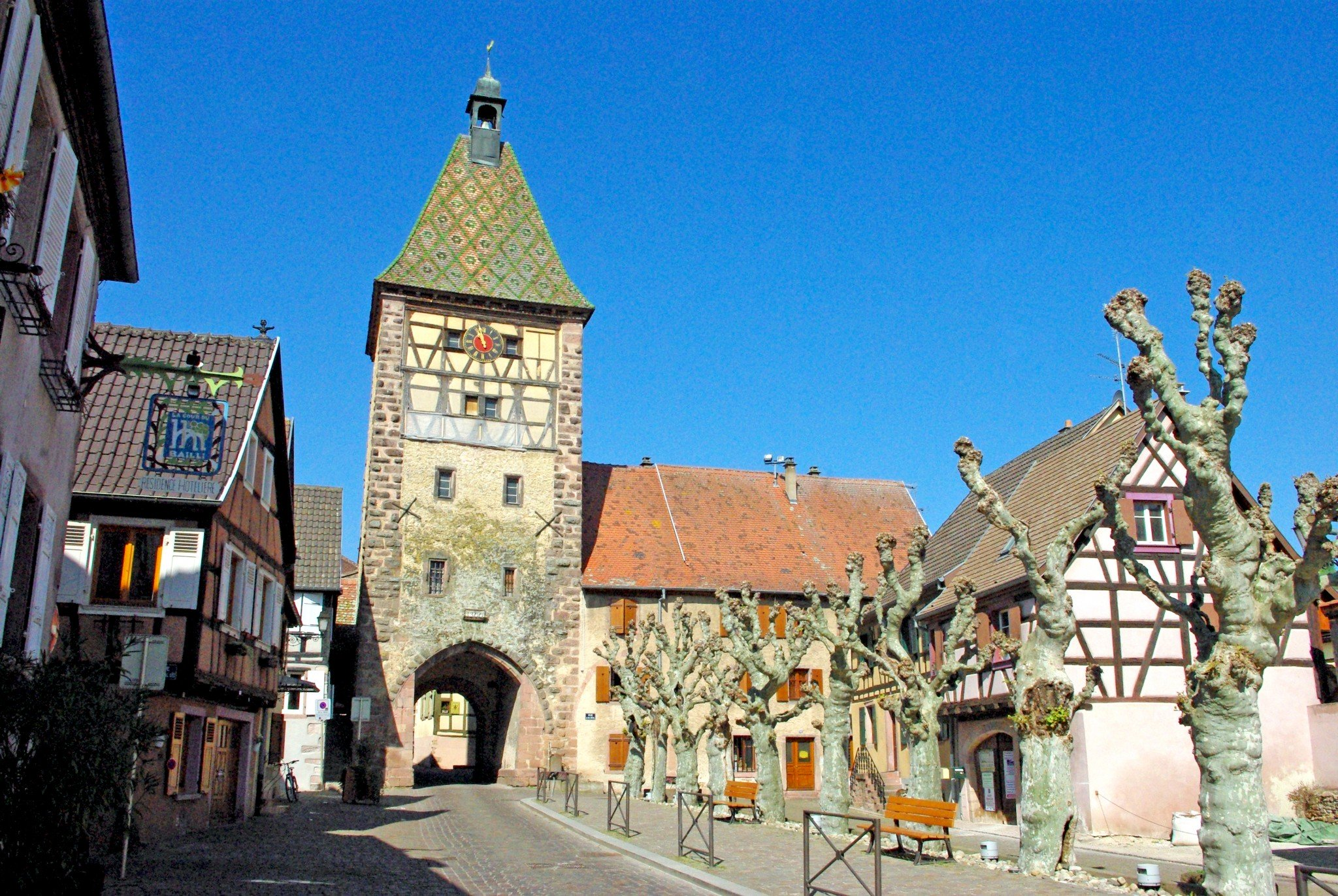 The Obertor (or Porte Haute) in Bergheim © French Moments