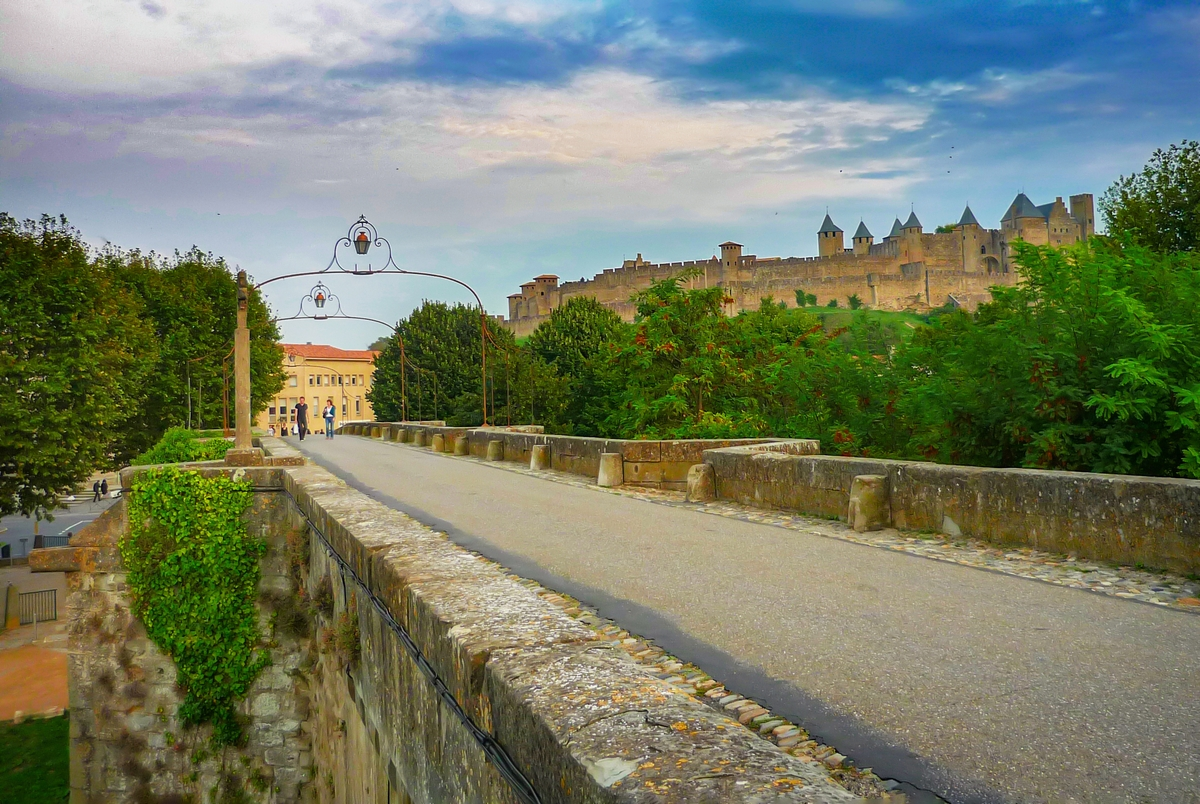 Carcassonne - Pont-Vieux and the Cité © French Moments