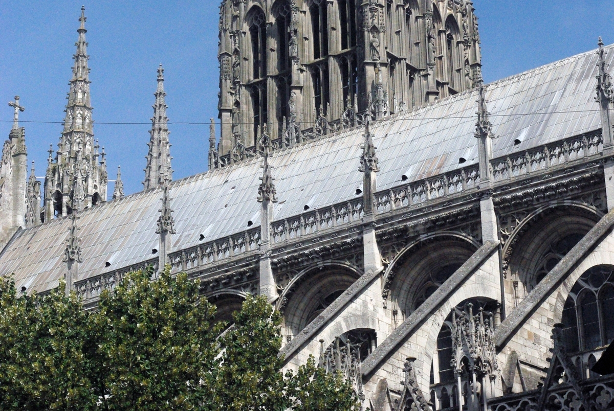 Flying Buttresses © French Moments