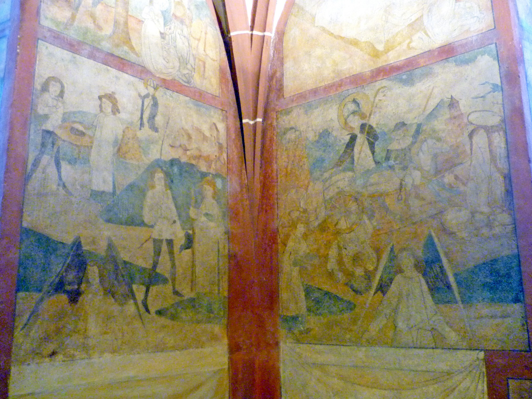 Frescoes inside the church of Hunawihr © French Moments