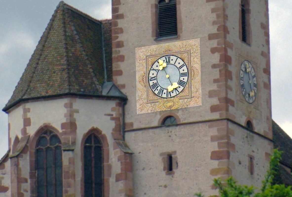 The clock hands on the tower of Hunawihr church © French Moments