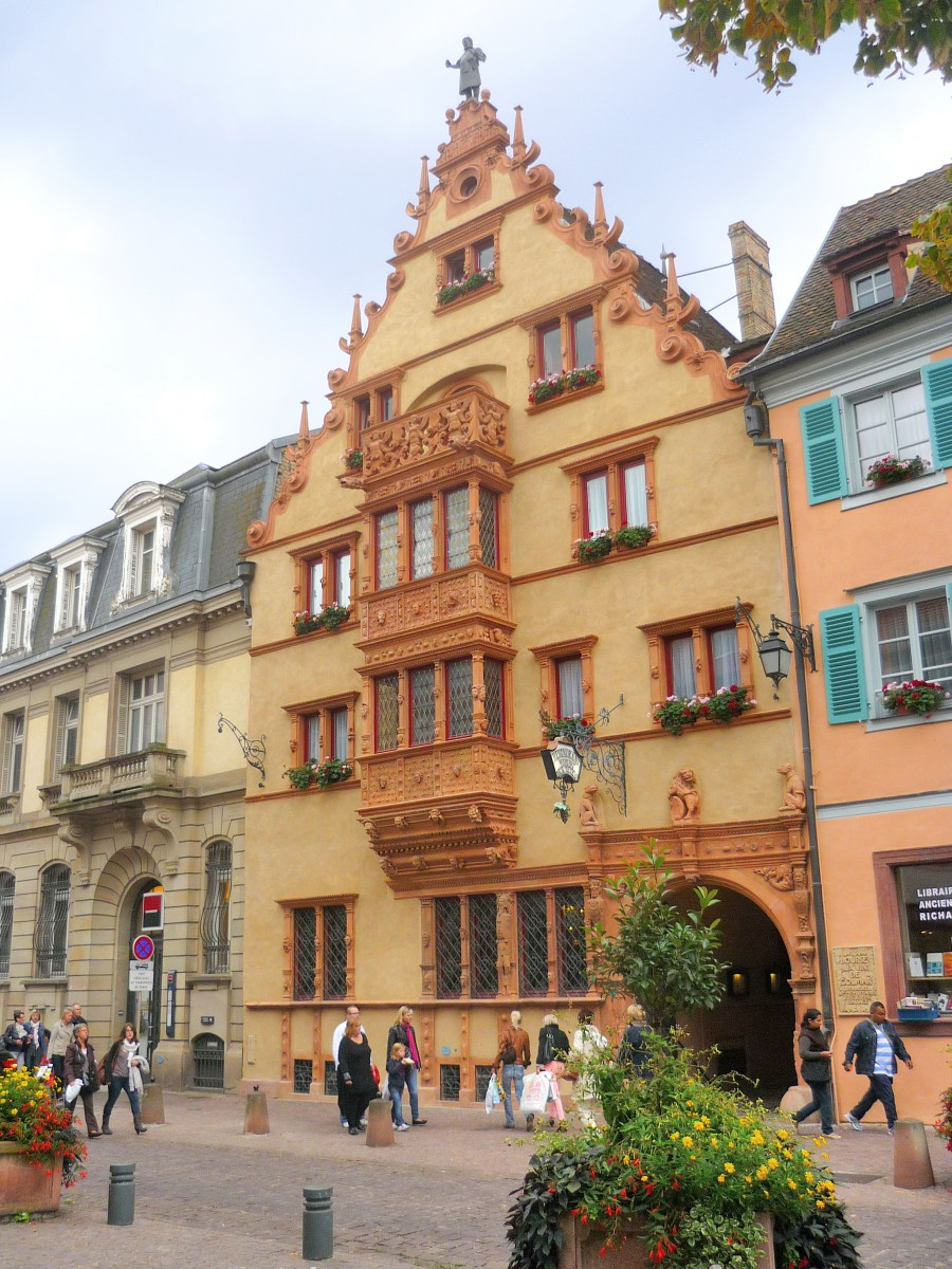 Renaissance Houses in Alsace - The Maison des Têtes in Colmar © French Moments