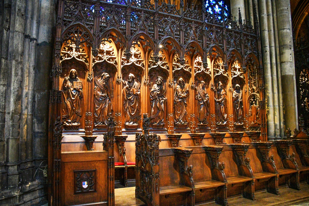Choir stalls, Metz Cathedral © French Moments