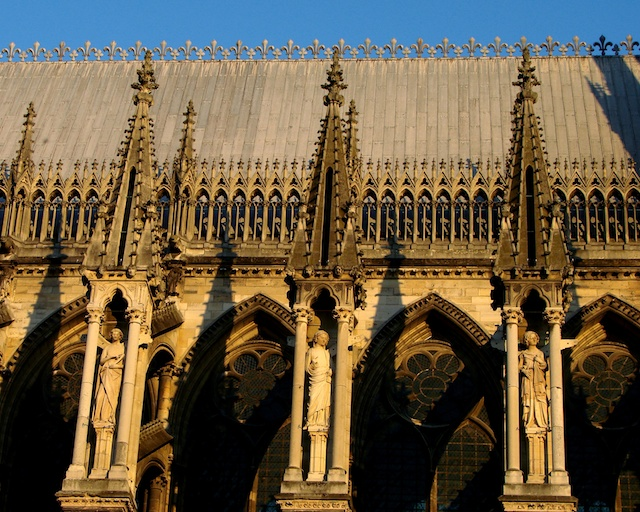 North side Nave, Reims Cathedral © Vassil, Creative Commons (CC BY-SA 3.0)