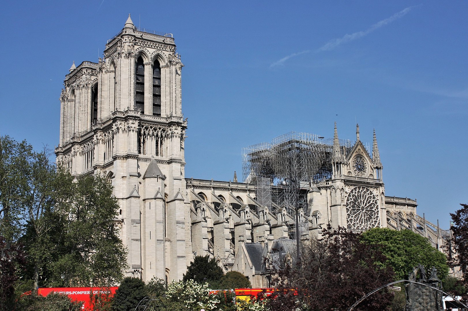 Notre-Dame de Paris on 19 April 2019 © Arthur Weidmann - licence [CC BY-SA 2.0] from Wikimedia Commons