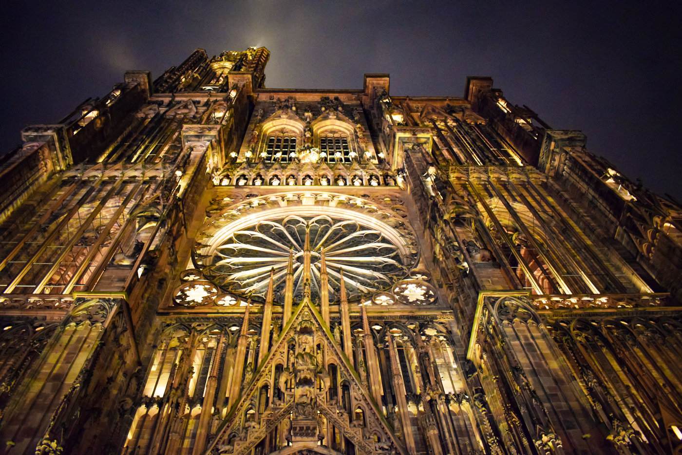 Façade of Strasbourg Cathedral by night © French Moments