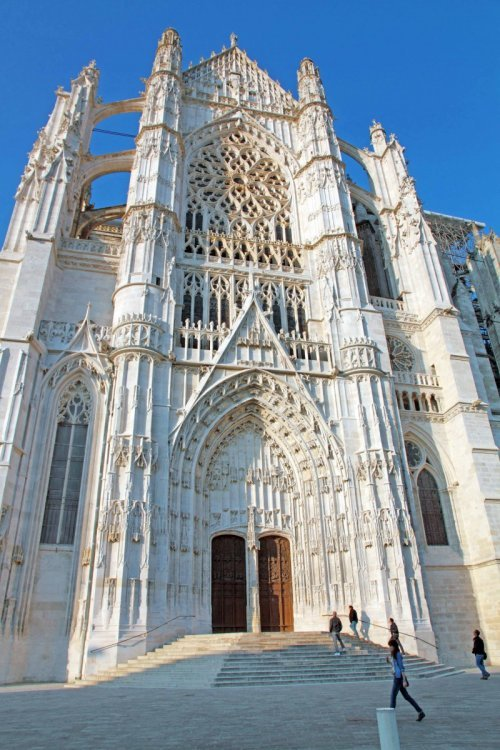 Transept of Beauvais Cathedral - Stock Photos from Ana del Castillo - Shutterstock